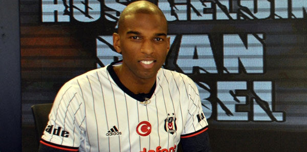 ryan-babel-nereli